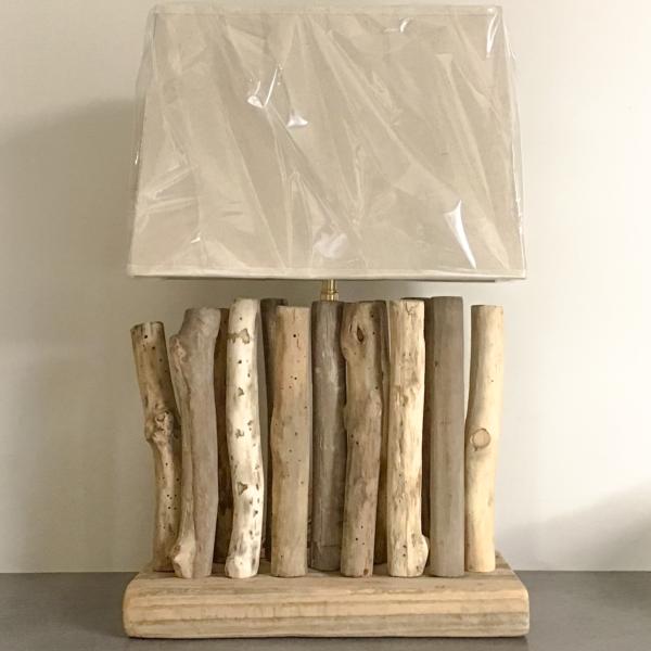 Lampe en bois flotté Poullaouen